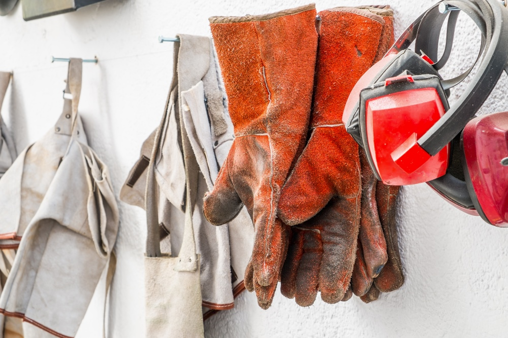How To Choose Workplace Safety Gloves For Your Industry