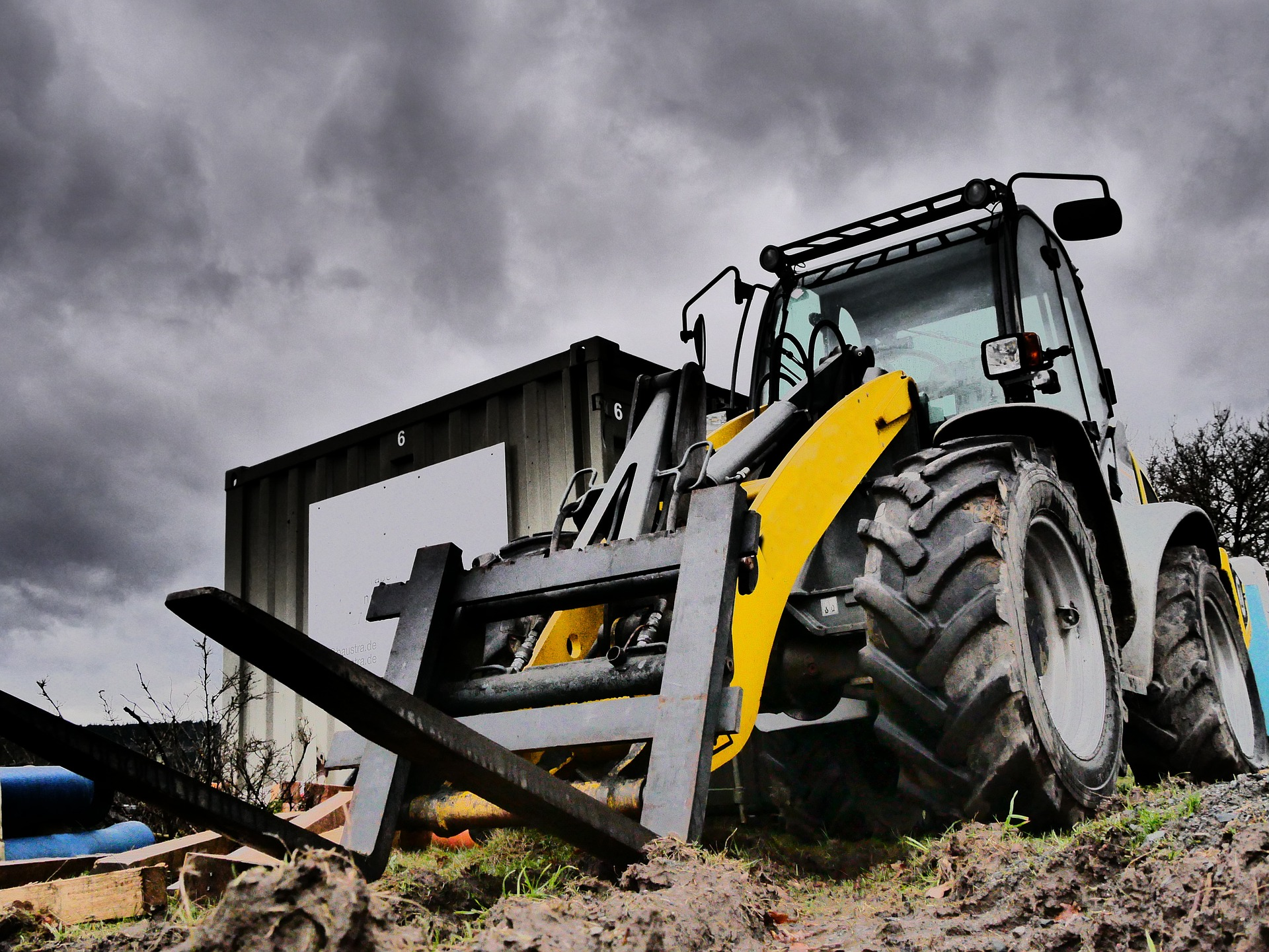 The Importance Of Rough Terrain Forklifts Safety Training