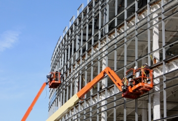 Fall Protection Systems in Boom and Scissor Lifts