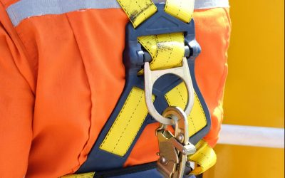 PPE Focus of the Month: Harnesses and Lanyards For Fall Protection